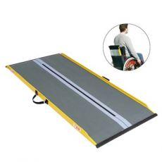 Rampa ultraleggera trasportabile sul retro della carrozzina